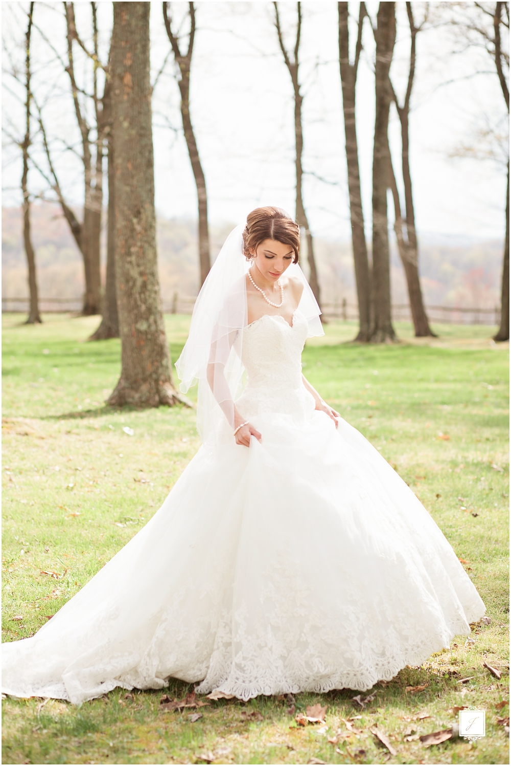 Classic Blush barn at Ligonier Wedding_Jackson Signature Photography, Choosing A Timeless Wedding Dress
