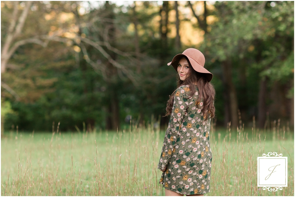 Keturah's boho summer Ligonier senior portrait sesison with Jackson Signature Photography a Ligonier Wedding Photographer