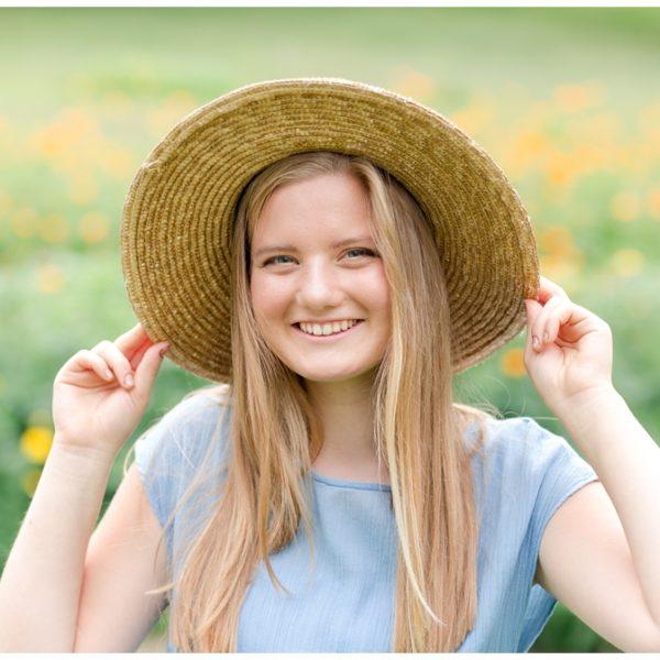 Shayli's Farm Summer Latrobe Senior Portraits | Latrobe Photographer